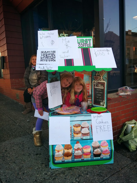 Lemonade Stand Offers Refreshments, Cookies and Adorable Smiles for Bitcoins