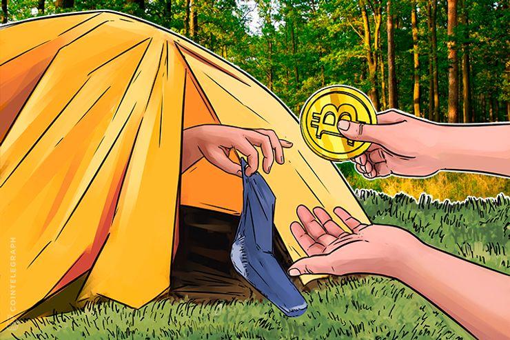 Apuestas Bitcoin: un hombre vende todo y acampa en espera de próximo auge