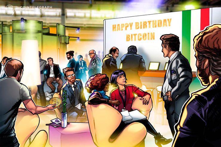 Dieci anni di Bitcoin: il meet-up in Piazza del Popolo con torta, spumante e palloncini